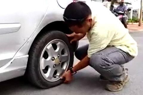 Lốp ô tô dự phòng, thay tạm thời hay tiếp tục sử dụng?
