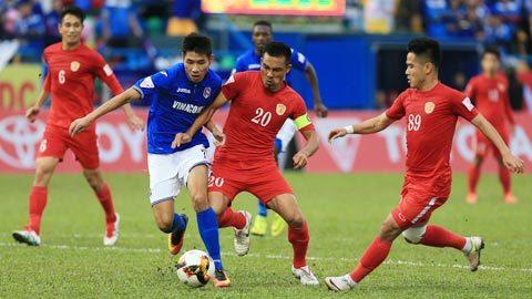 Quảng Ninh 1-0 TP.HCM: Trọng tài gây tranh cãi, Phi Sơn bị đuổi (H2)