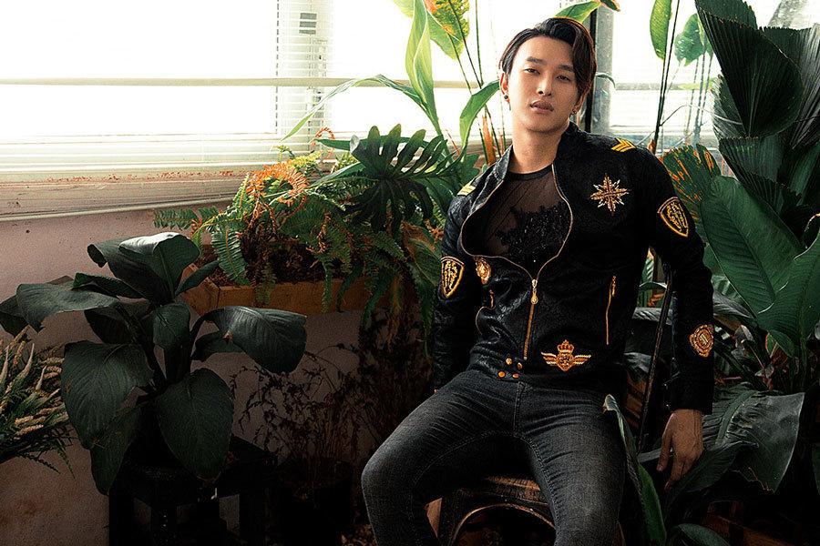 Trong showbiz Việt, đàn ông cũng bị gạ tình
