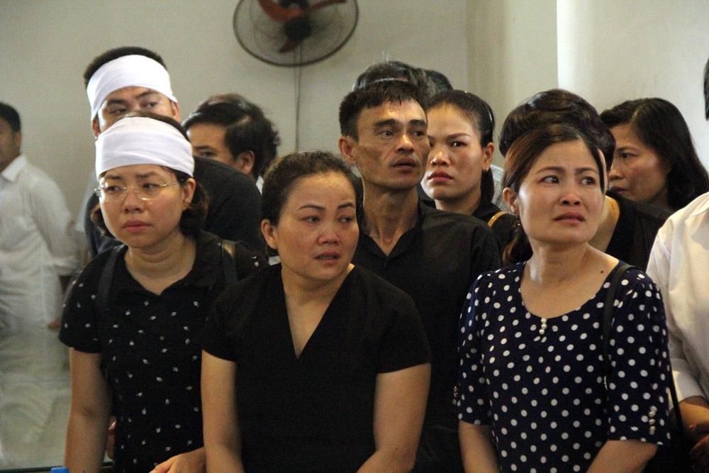 Nghìn lượt người tiễn đưa lái tàu SE19 về đất mẹ
