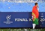 Ronaldo dọa bỏ Real về MU: Vai diễn lố của CR7