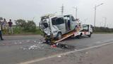Xe tải đâm xe khách trên cao tốc Bắc Giang, 8 người thương vong