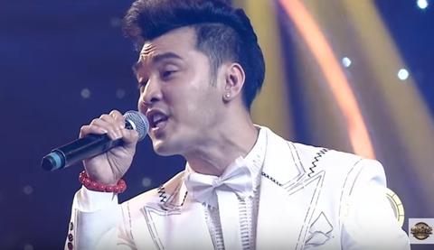 Lần đầu hát nhạc Bolero, Ưng Hoàng Phúc gặp bất lợi trong gameshow âm nhạc