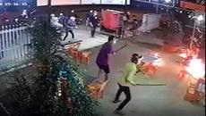 Truy sát 1 người chết, 4 người bị thương vì chuyện ghẹo gái ở quán nhậu