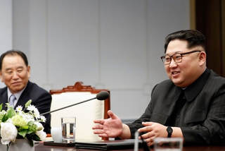 Cánh tay phải đắc lực tháp tùng Kim Jong Un mọi nơi