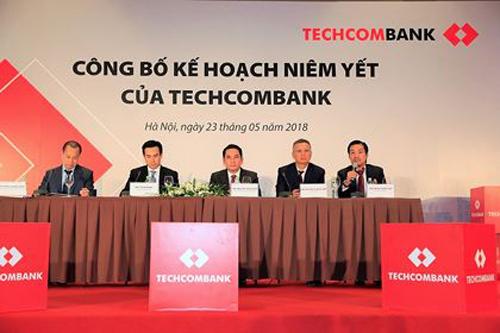 Chia một lần cổ tức 3 năm, cổ đông hiện hữu Techcombank trúng lớn