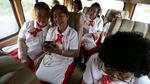 Lớp học chống cô đơn dành cho 'nữ sinh tóc bạc'