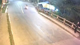 Vụ tai nạn kinh hoàng trên cầu khiến người xem không dám nhìn lại