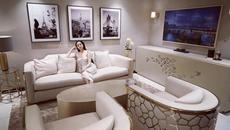 Nhà 5 triệu USD sang như khách sạn của hot girl Huyền Baby