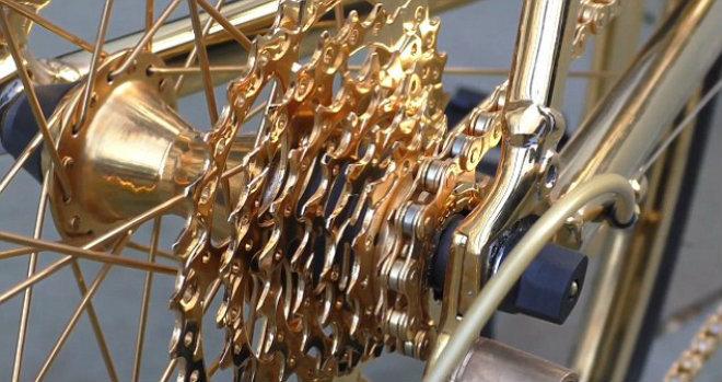 Sốc: Xe đạp vàng giá 7,6 tỷ đồng, đắt hơn cả Ferrari