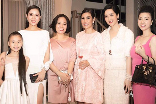 Thea Aesthetic Clinic tổ chức tiệc VIP tri ân khách hàng