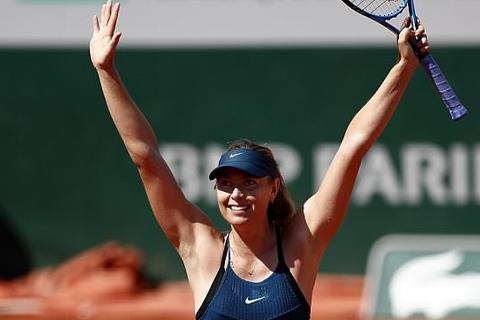 Sharapova 2-1 Richel Hogenkamp