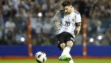 "Messi lập hat-trick, Argentina đè bẹp ""tí hon"" Haiti"