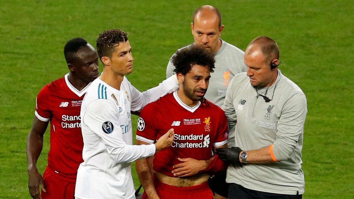 Cần 4 tuần để bình phục, Salah mất World Cup 2018