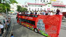 Xe buýt 2 tầng sặc sỡ chạy quanh phố Hà Nội giá vé cao nhất 650 nghìn