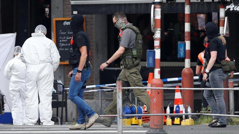 Video đặc nhiệm Bỉ bắn gục nghi phạm khủng bố
