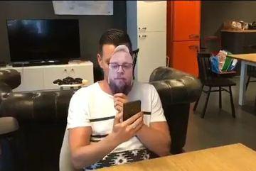 """""""Face ID"""" của """"kẻ hủy diệt"""" iPhone X bị qua mặt bởi ảnh chân dung"""