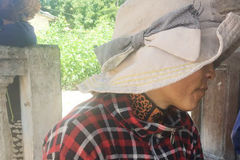 Lộ diện người phụ nữ nghi là mẹ bé trai bị chôn sống ở Bình Thuận