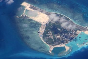 """Biển Đông: Cảnh giác với chiến lược """"Tam chiến"""" của Trung Quốc"""