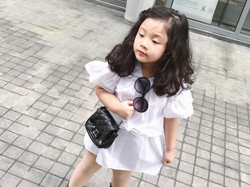 Điểm danh những nhóc tỳ đáng yêu và nổi tiếng nhà hot girl Việt