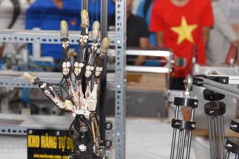 ban-tay-robot