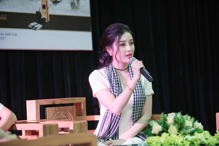 Á hậu Huyền My từng phải khóc vì bình luận ác ý của anti-fan