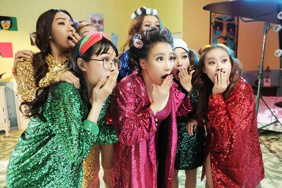 Sơn Tùng, Bích Phương dẫn đầu cuộc đua khốc liệt của V-Pop tháng 5