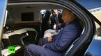 Tổng thống Putin khoe nội thất siêu xe mới
