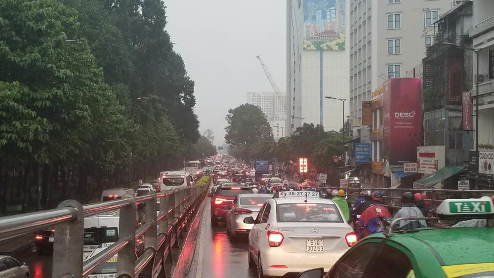 Tân Sơn Nhất,ngập nước,Sài Gòn ngập nặng