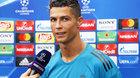 Ronaldo một mực về MU, Griezmann thông báo đến Barca