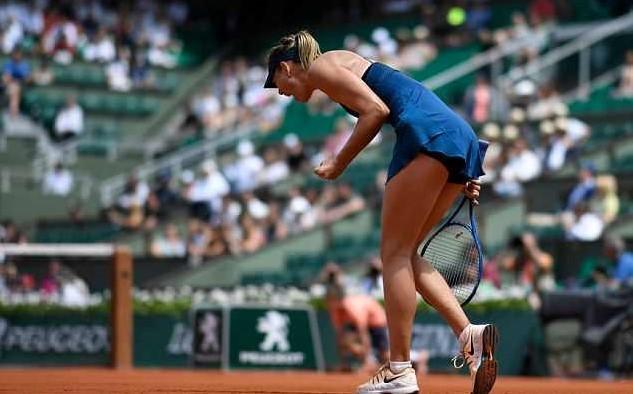 'Búp bê' Sharapova lấy vé vòng 4 dễ như đi dạo
