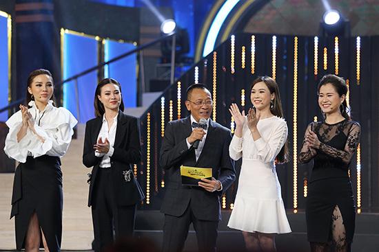 Lan Ngọc, Kỳ Duyên say đắm hotboy quảng cáo Đông Kha