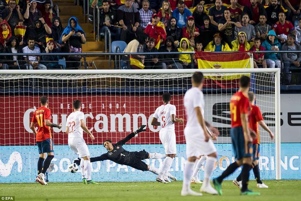 De Gea mắc lỗi, Tây Ban Nha tuột chiến thắng trước Thụy Sỹ