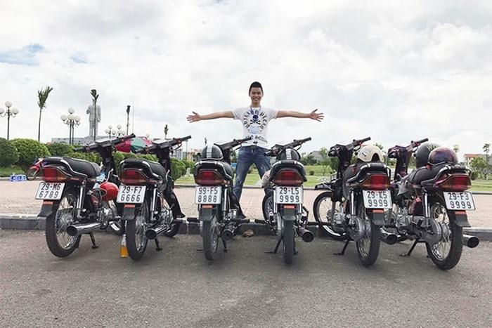 Dân chơi xe máy: Sắm cả dàn biển tứ quý, ngũ quý
