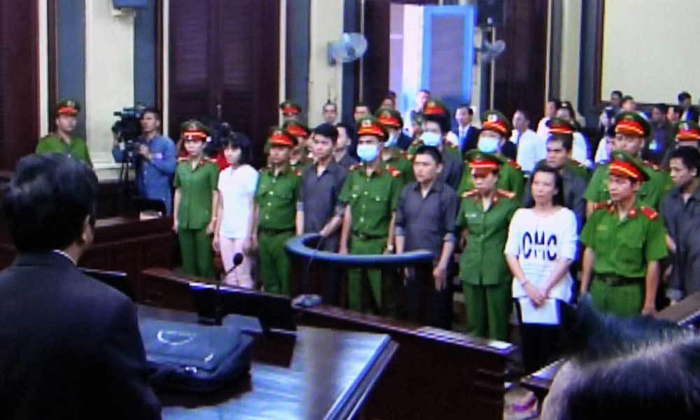 Nhóm khủng bố sân bay Tân Sơn Nhất đồng loạt xin giảm án