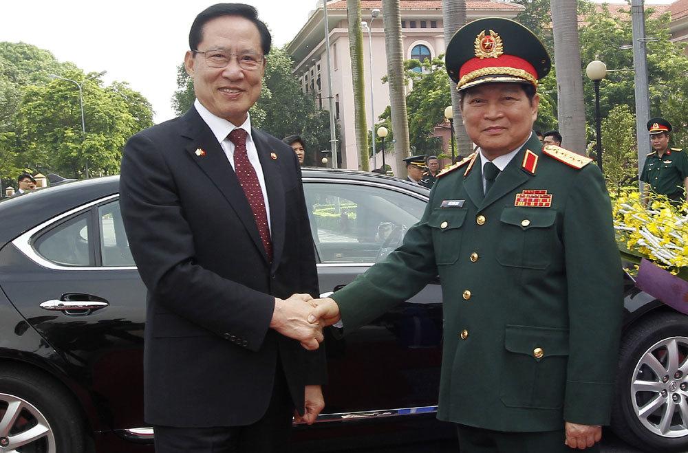 Biển Đông,chủ quyền,Bộ trưởng Quốc phòng,Ngô Xuân Lịch,Hàn Quốc