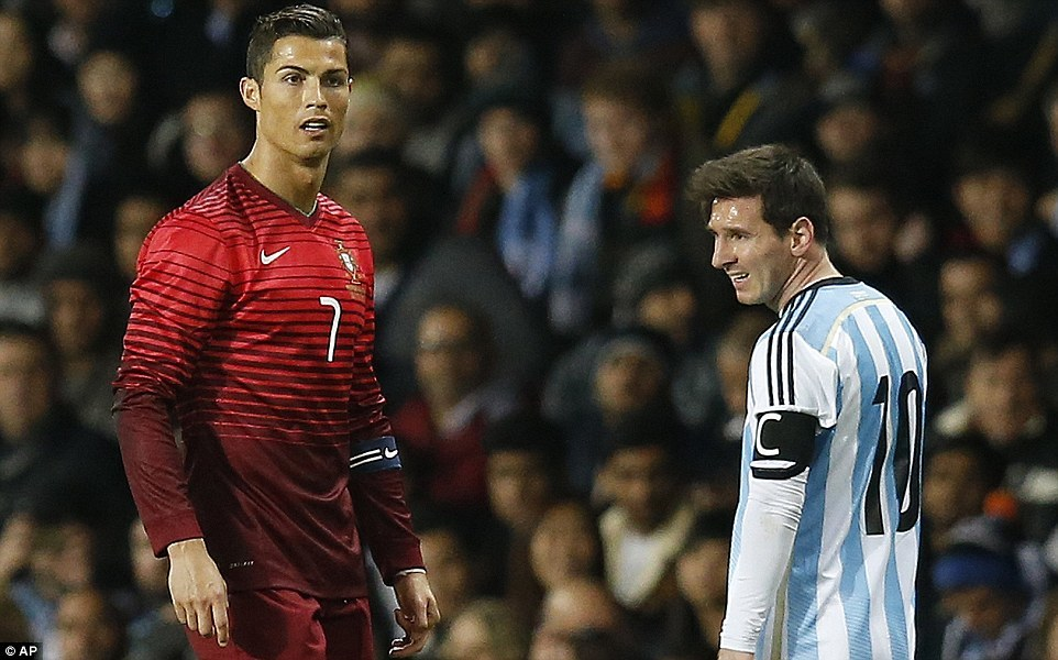 World Cup 2018 chưa khai mạc, Messi đã khiến Ronaldo... ngứa mắt