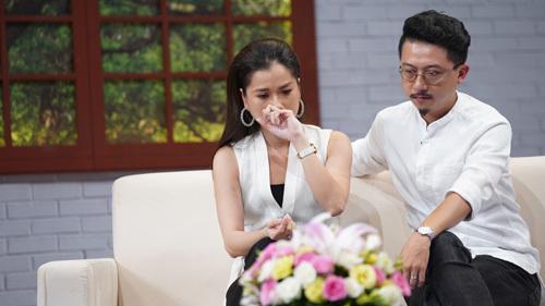 Lâm Vỹ Dạ hát Người hãy quên em đi cực ngọt khiến fan