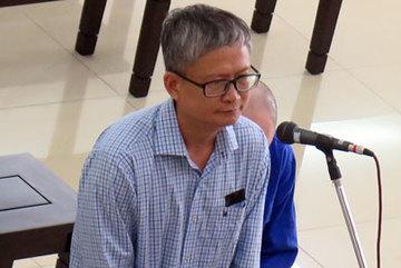 Phúc thẩm tham ô, Đinh Mạnh Thắng phơi mái tóc bạc trắng