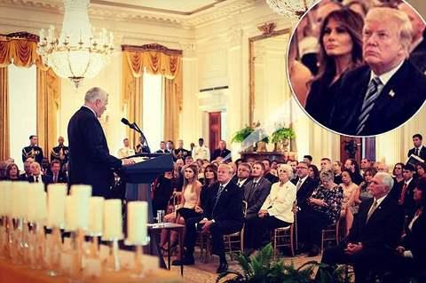 Melania Trump tái xuất