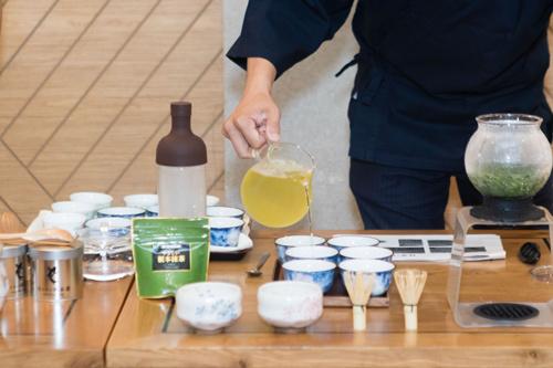 """Độc đáo trà """"vò tay"""" thượng hạng phong cách Nhật Bản"""