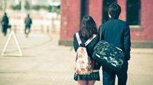 Rộ mốt 'trường học hẹn hò' dành cho trai ế tại Trung Quốc
