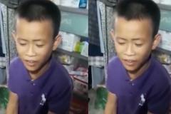 """Cậu bé hát """"Chiều mưa miền trung"""" khiến Quang Lê phải thán phục"""