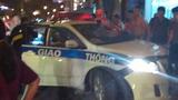 Xe CSGT nát đầu sau tai nạn, một người trọng thương