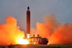 Triều Tiên phá hủy bệ phóng tên lửa