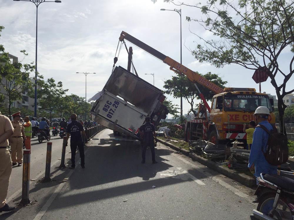 tai nạn xe tải,Sài Gòn,tai nạn giao thông