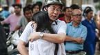 Ngày đầu tiên tuyển sinh lớp 10 tại Hà Nội: Học sinh và phụ huynh đều căng thẳng