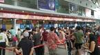 Ném điện thoại rách mắt nữ nhân viên hàng không bị phạt 7,5 triệu