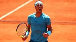 Chật vật hạ đàn em Schwartzman, Nadal vào bán kết