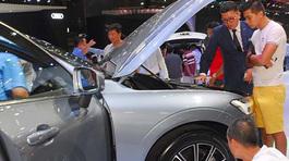 Ô tô giảm giá hàng loạt, cuộc đua đại hạ giá 2018 bắt đầu